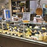 Family Food Tour & Scavenger Hunt in Venice