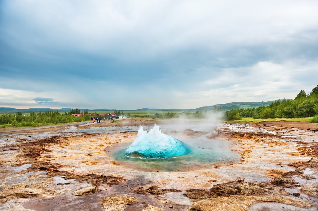 Quite a spectacle: Strokkur geyser erupts every 10 minutes