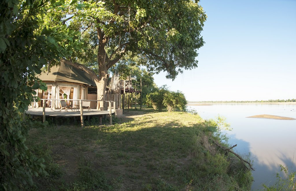 Three Rivers Camp with views of the river