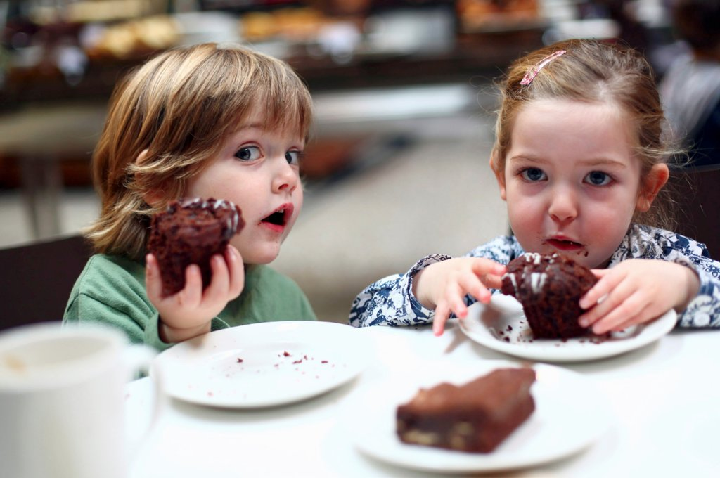 Kids enjoying the sweets food tour