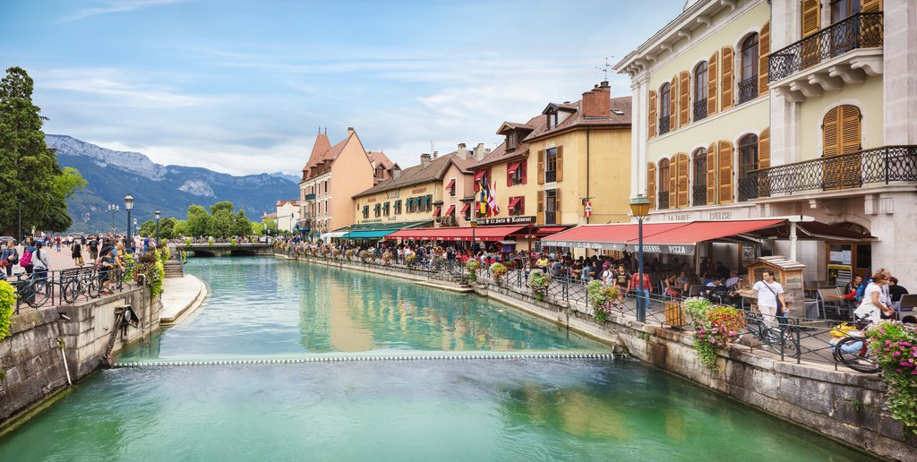 How to Get from Paris to Annecy