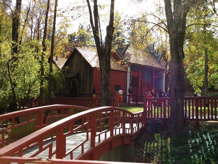Joss House Gardens (Photo courtesy of Joss House State Park)