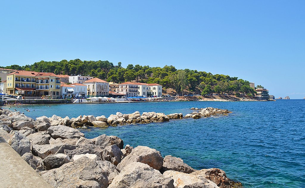 Pylos seafront