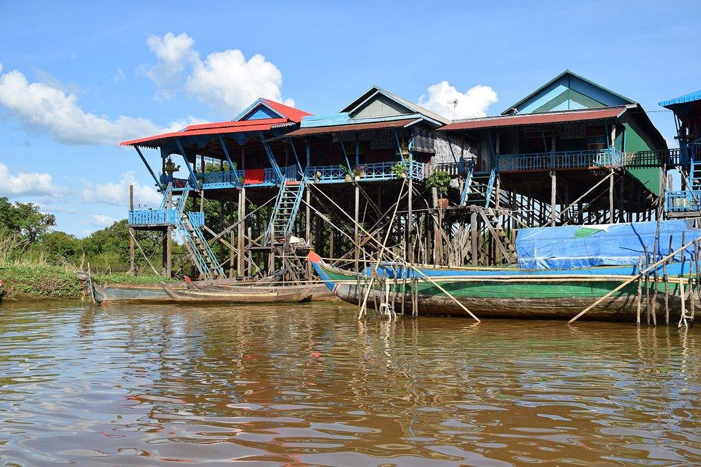 Kampong Phluk during the dry season