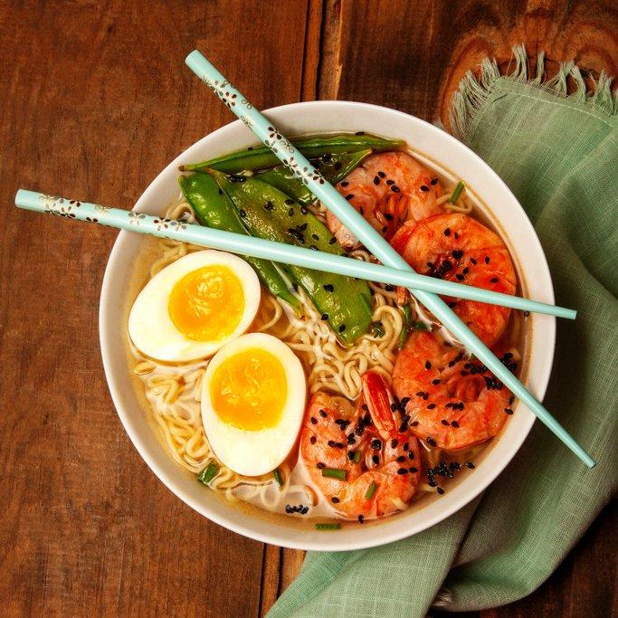 A steaming bowl of ramen noodles
