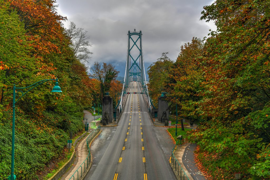 Lions Gate Bridge connecting Stanley Park to North Vancouver