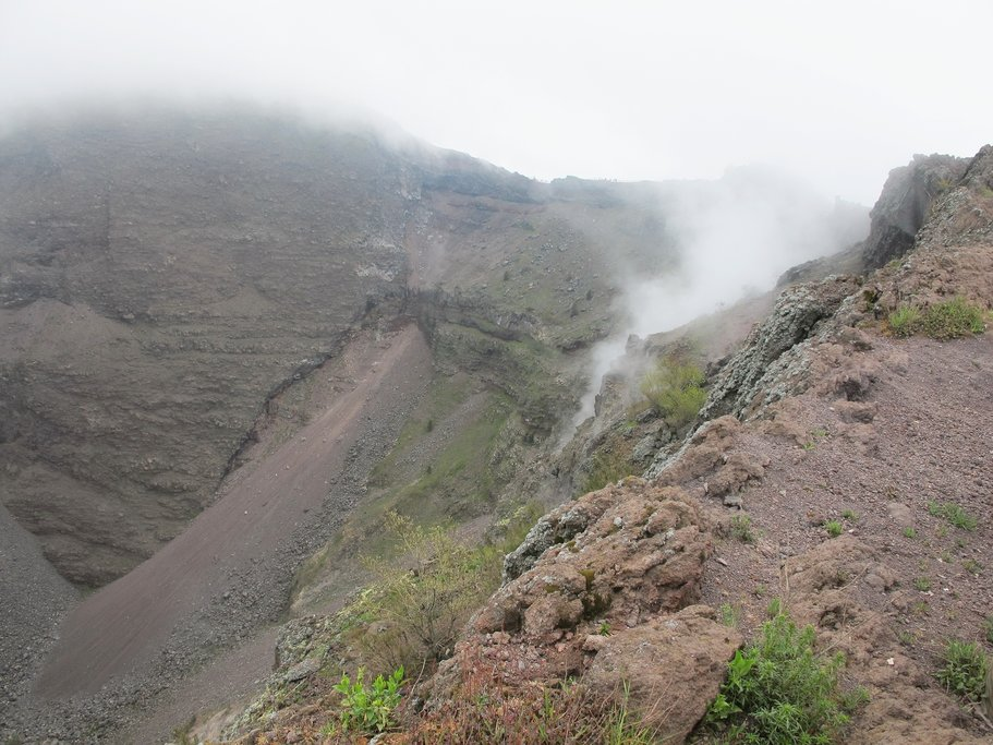 The walk up to the crater of Mount Vesuvius
