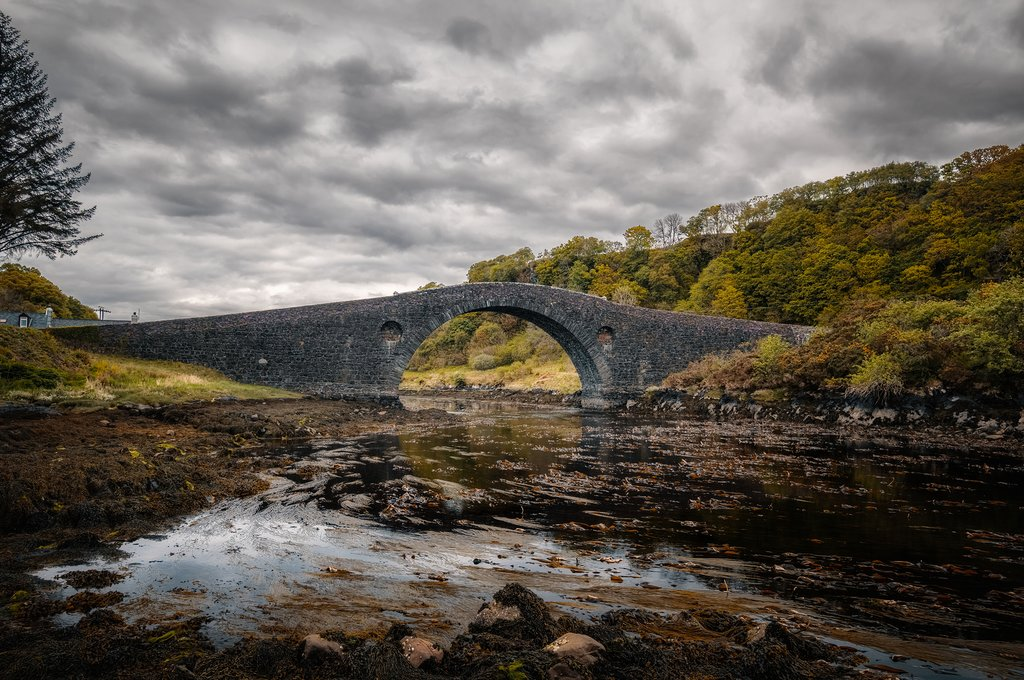Clachan Bridge links the Scottish mainland to the island of Seil.