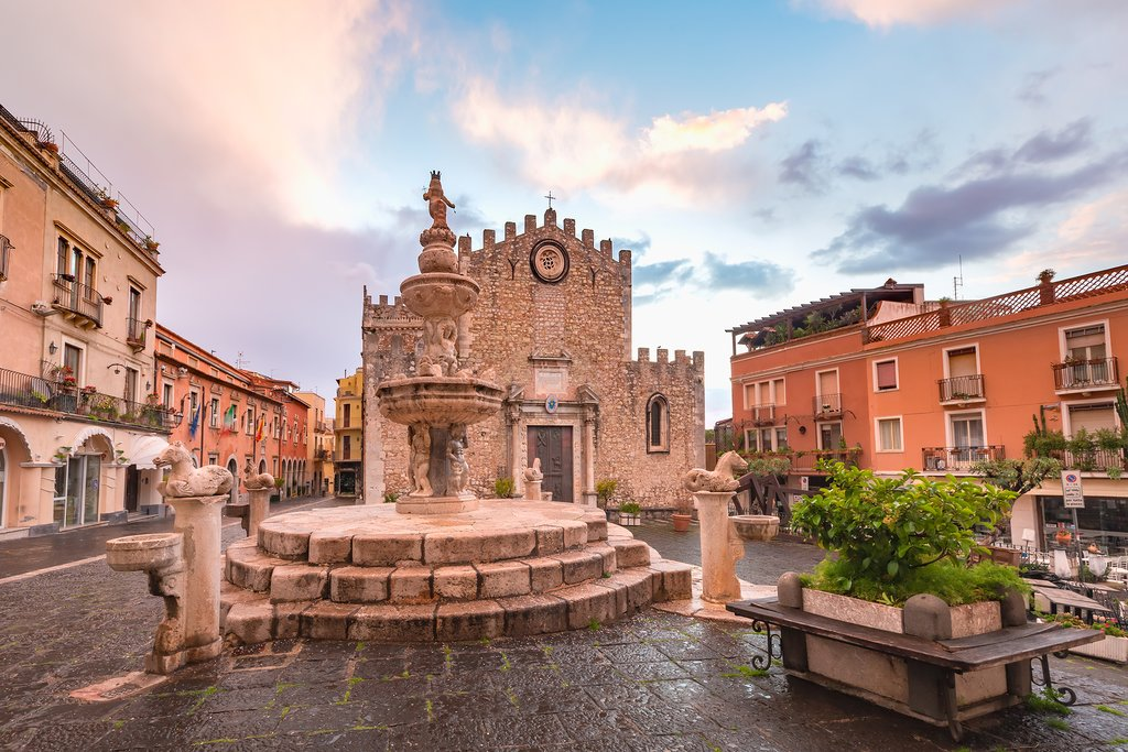 How to Get from Syracuse to Taormina