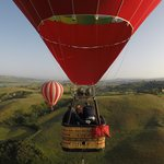 Balloon Ride, Lunch, & Car Tour in Tuscany