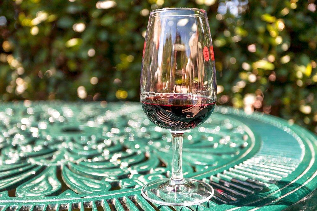 Enjoy Wine and Port Tastings in Porto