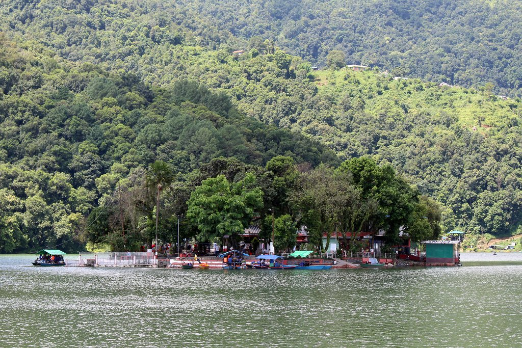 Take a boat to Tal Barahi temple on Phewa Lake