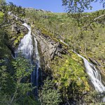 Look for waterfalls as you enter Flåm Valley