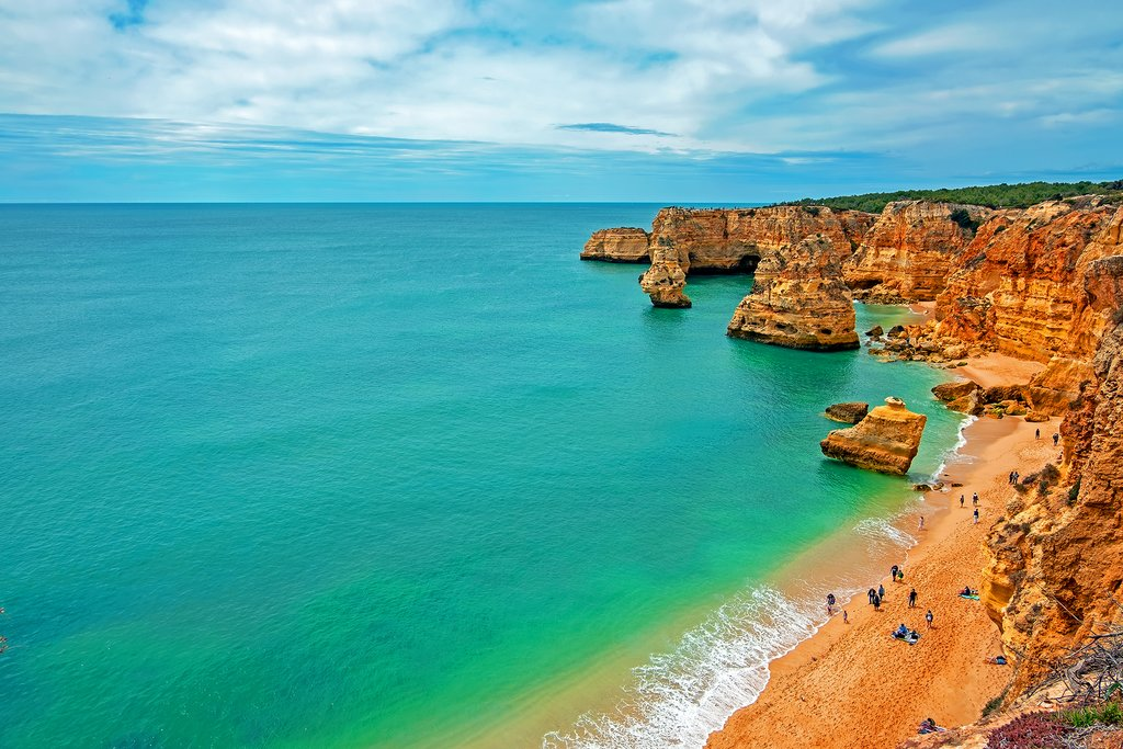 How to Get from Porto to Algarve
