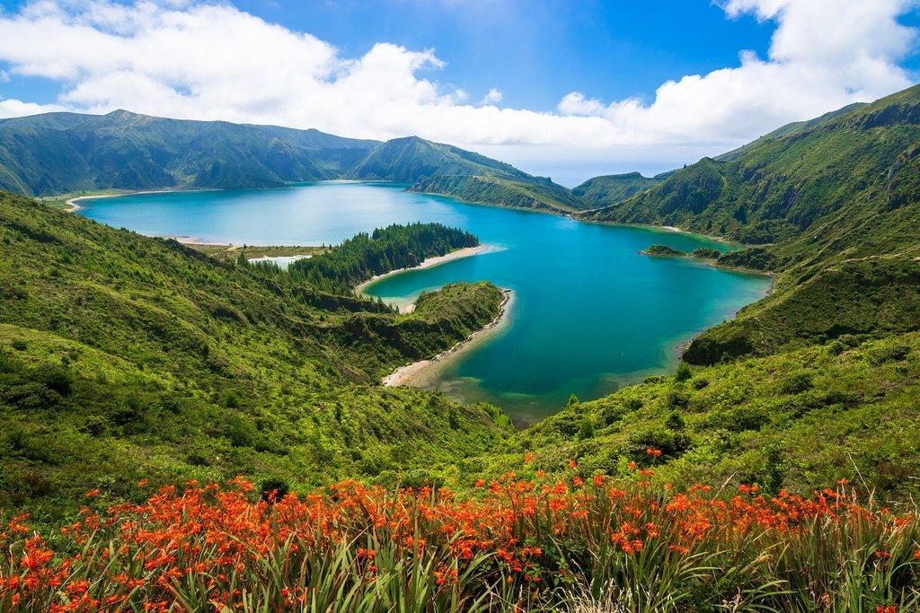 The incredible Lagoa do Fogo (Fire Lake)