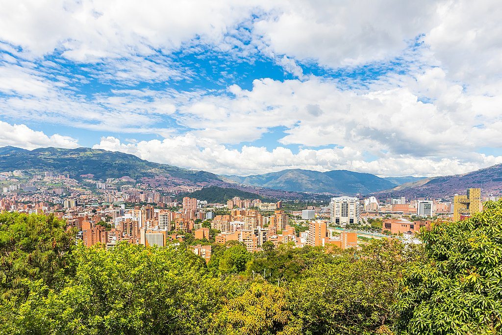 Medellín's outlying scenery