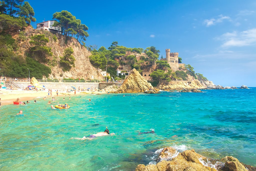 Snorkeling and swimming in the Costa Brava