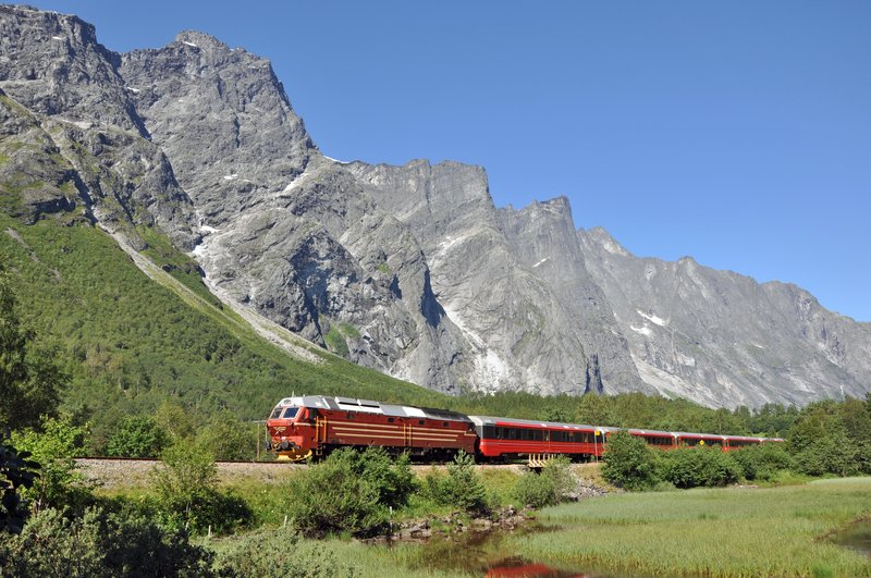 Enjoy the train journey to Åndalsnes!