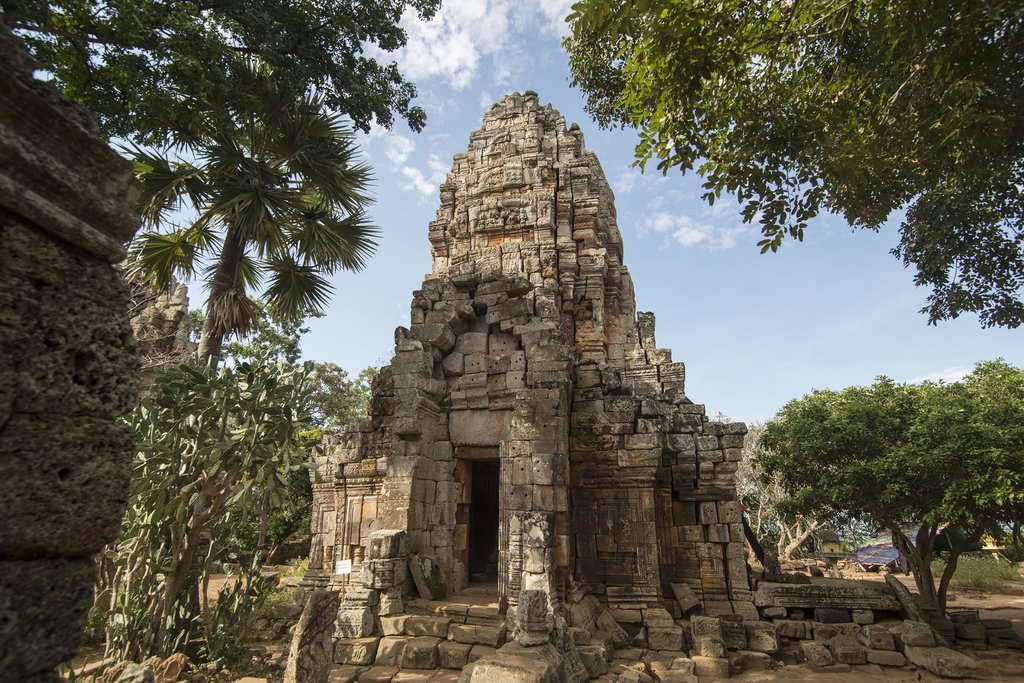 Wat Banan is thought to be an early prototype of Angkor Wat