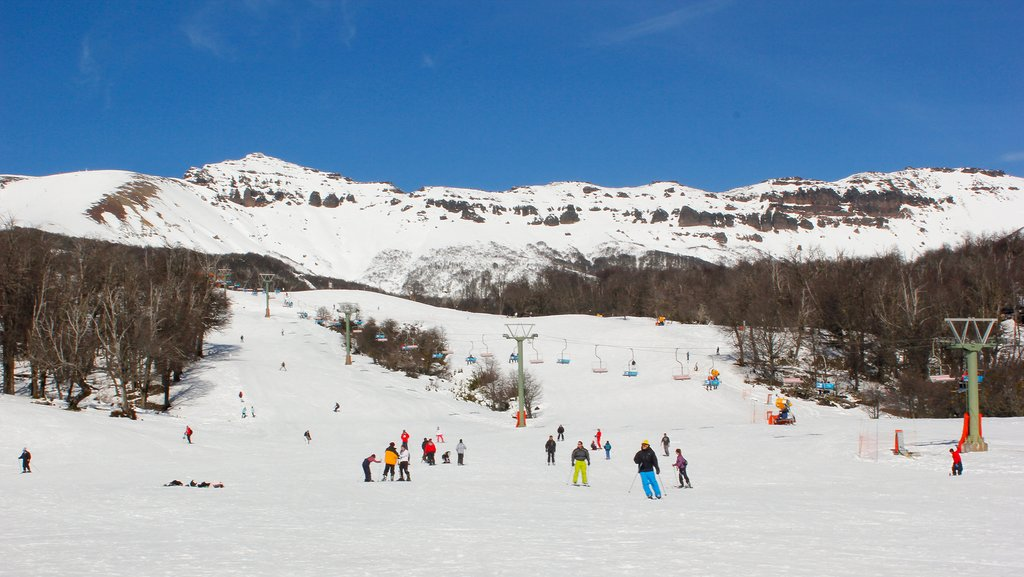 A sunny day for skiing at Chapelco