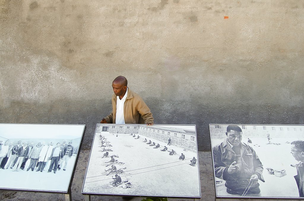 Robben Island tour guide, a former inmate, explains life in prison