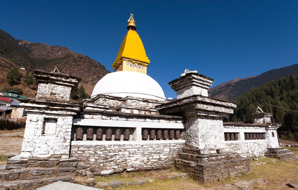 Say goodbye to the stupa in Junbesi before hitting the trail