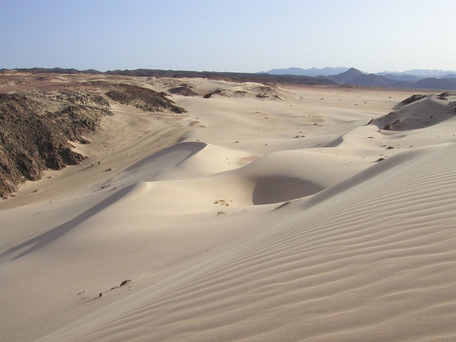 The sand dunes in the Agafay Desert