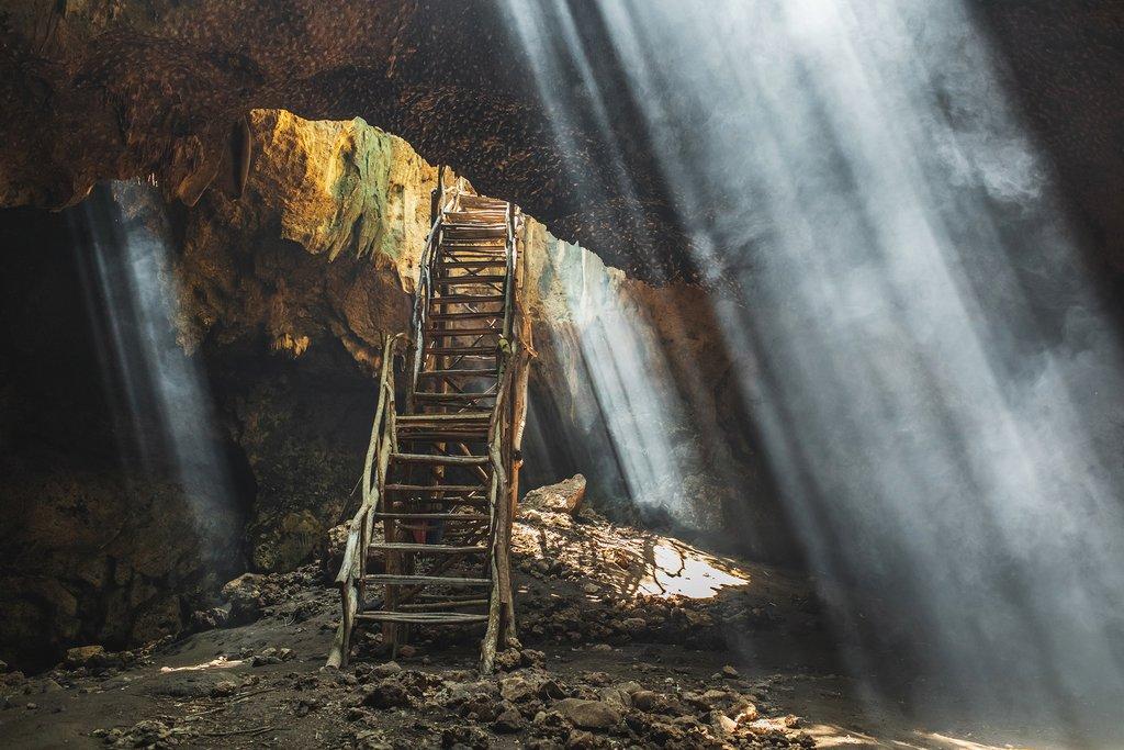 Opt to take a trip out to Goa Buwun Prabu, the Three Rays Bat Cave