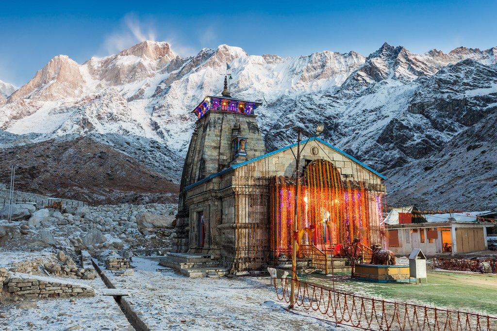 Kedarnath Temple before sunrise