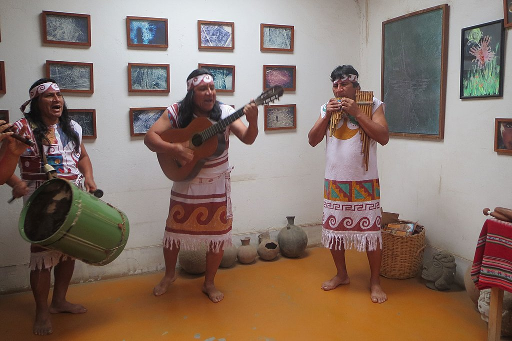 Learn about Mochica culture