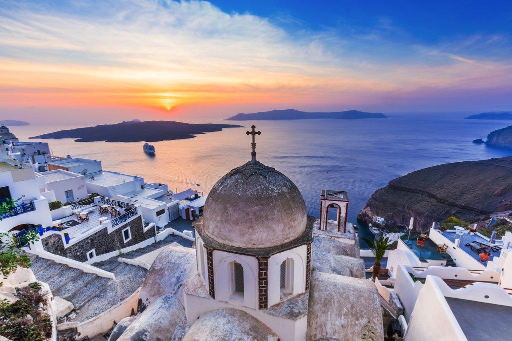 Santorini's Amazing Sunsets