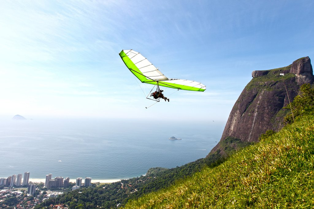 Hang glider and Pedra Bonita