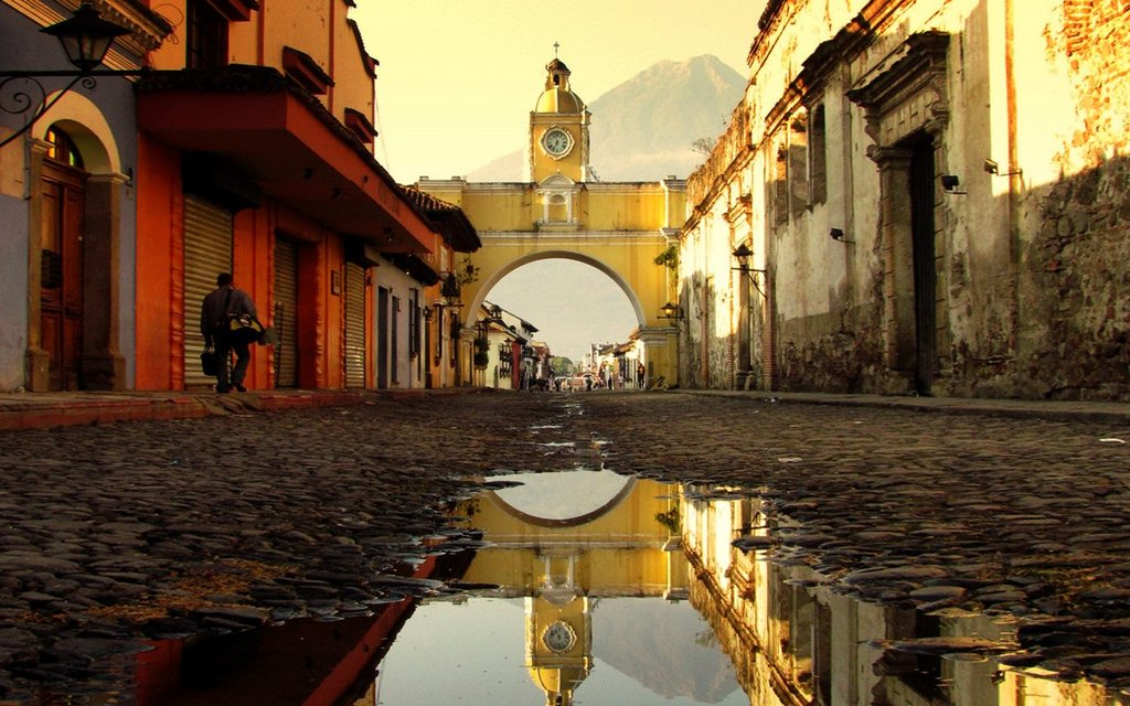 Santa Catalina Arch, La Antigua Guatemala.