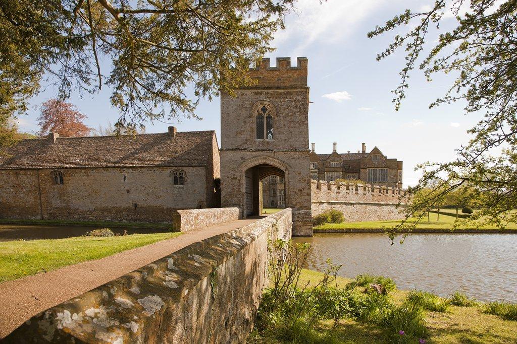 England - Broughton Castle
