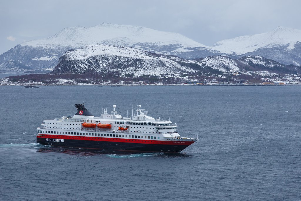 Ride the mighty Hurtigruten to Tromsø