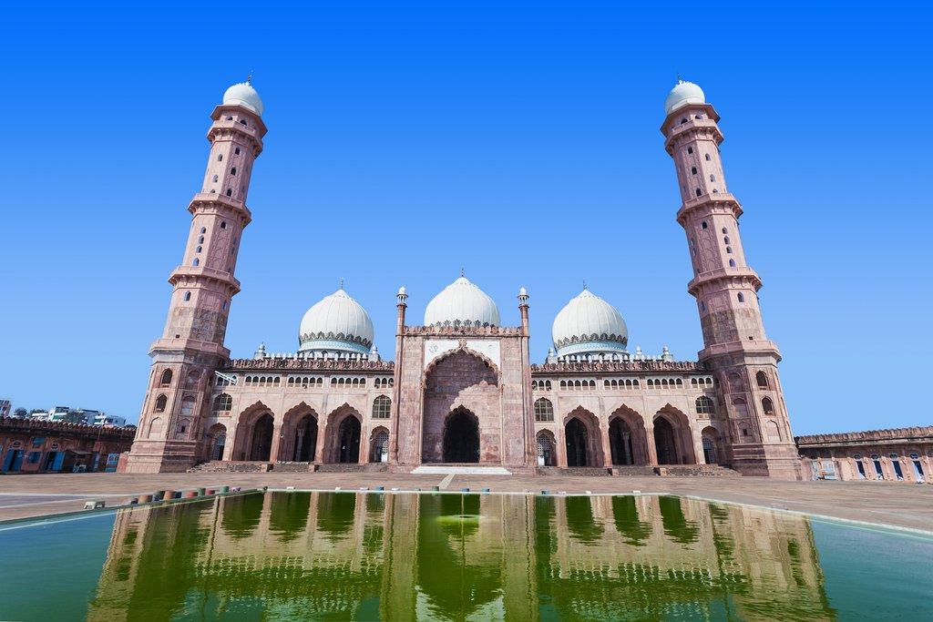 Taj-ul-Masjid Mosque in Bhopal