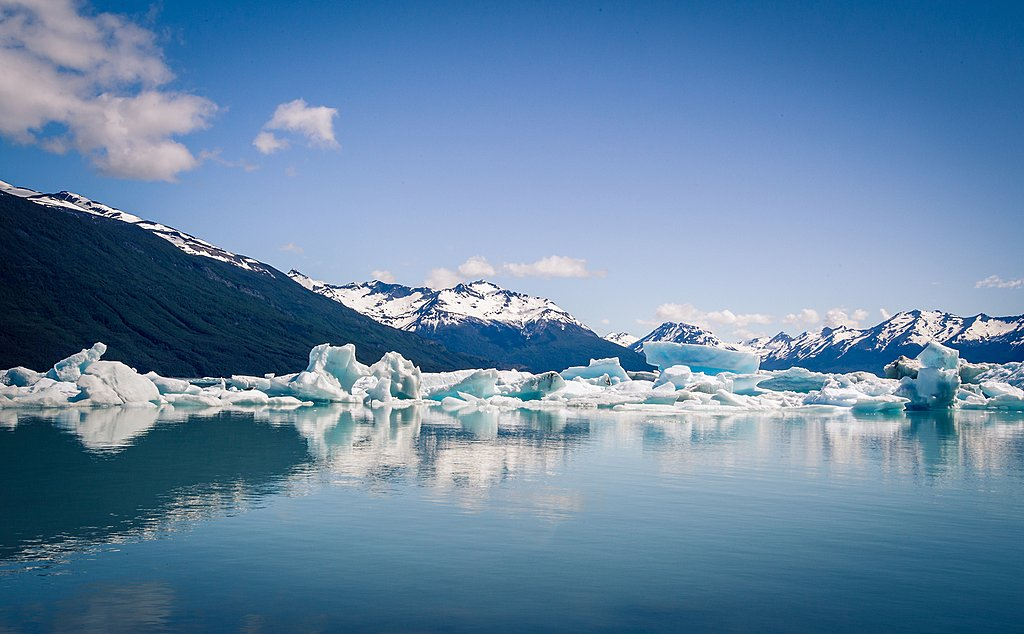 Icebergs on a lake in El Calafate