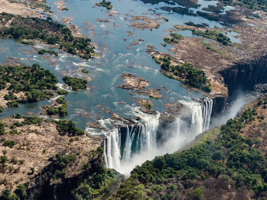 Zambezi and Falls from above
