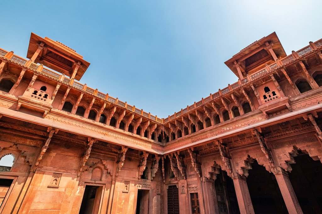 Details inside the Agra Fort