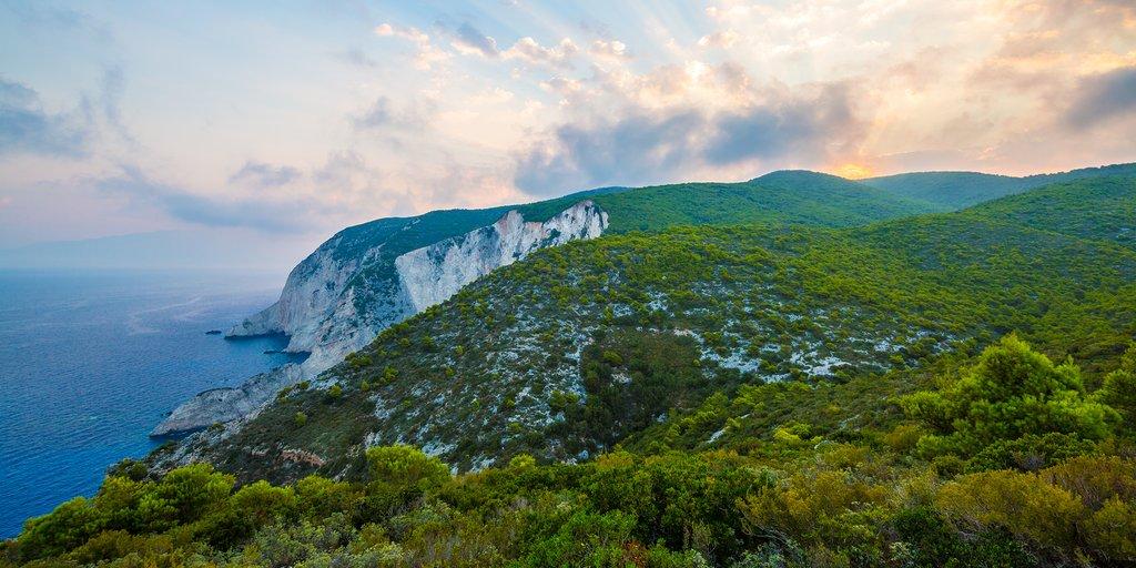 Coastal cliffs from Kampi