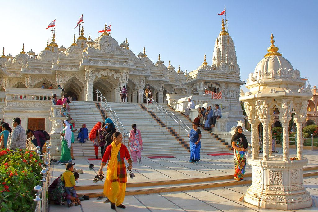 The main entrance of Swaminarayan Temple in Gondal