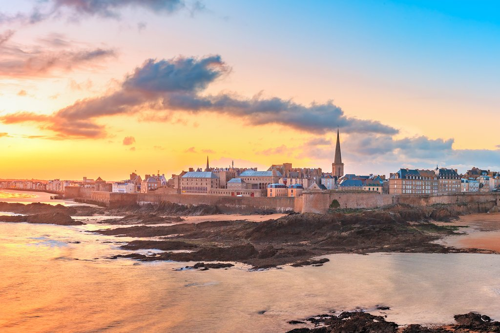 Saint-Malo at sunrise