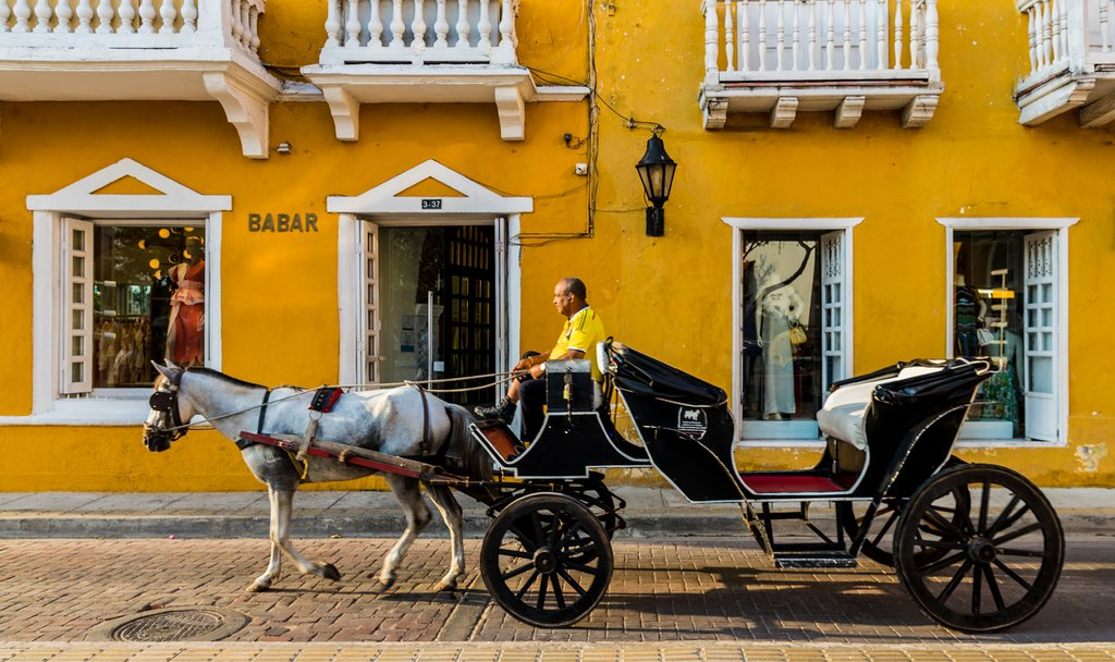A traditional horse-drawn carriage in Cartagena.