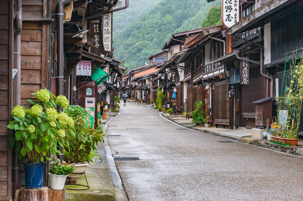 Narai's atmospheric Edo-era streets.