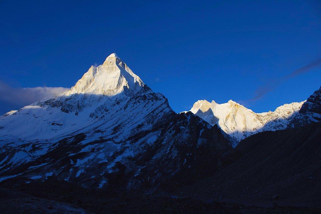 Views of Shivling peak