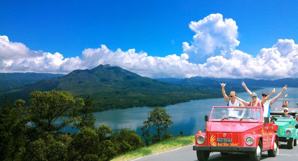 Convertible tour of Ubud