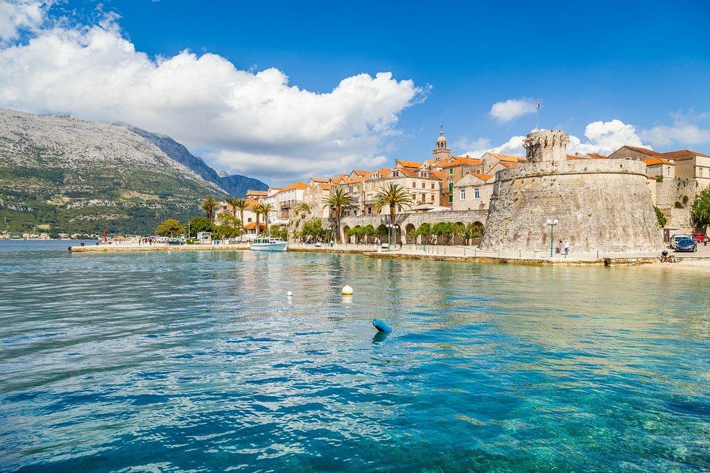 Hvar's scenic harbor