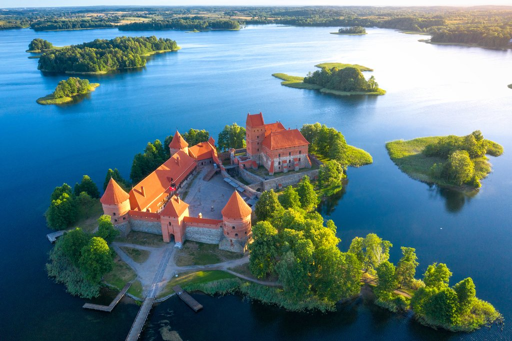 Trakai Castle on Lake Galvé
