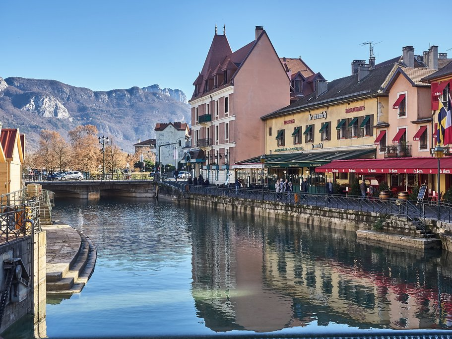 How to Get from Geneva to Annecy