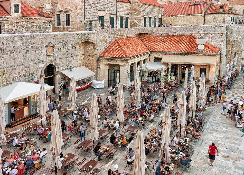 Outdoor Cafe in Dubrovnik